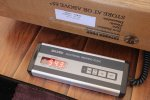 ważenie produktu na wadze elektronicznej